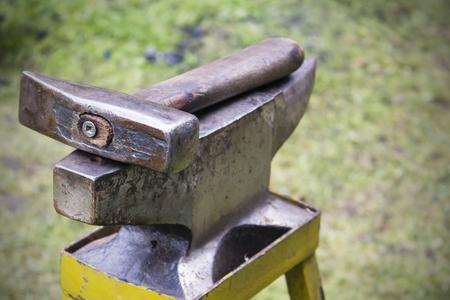 trabajo manual: Herramientas para el herrero.
