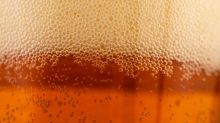 beer foam in a glass, macro photography, soft focus Foto de archivo - 155594673