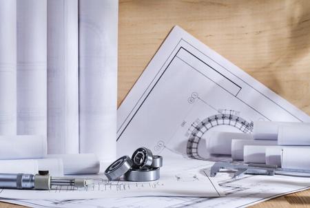 ingenieria industrial: herramientas y dibujos