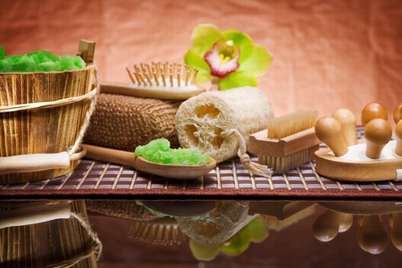 set of natural bath accessories photo
