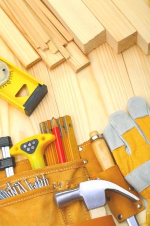 falegname: strumenti di costruzione e materiali