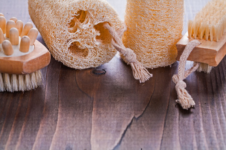 scrubbing: small scrubbing set on vintage wooden board