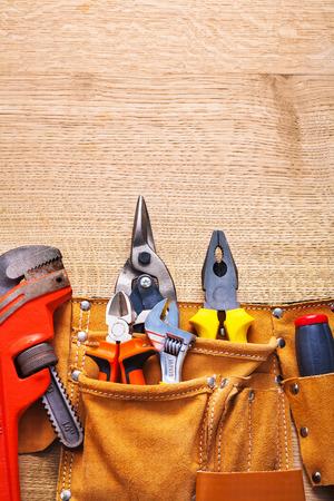 outils construction: outils de construction en pinces � cl� toolbelt de singe coupe plie