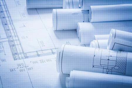 edificio industrial: Primer plano de la arquitectura planes de construcción concepto de construcción Foto de archivo