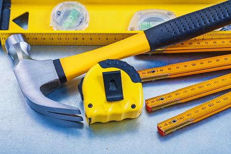mantenimiento: Nivel de la construcción de línea de cinta garra martillo metros de madera en metálico