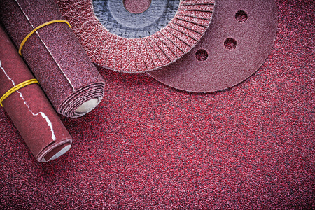 buffing: Composition of abrasive flap wheels grinding discs sandpaper rolls.