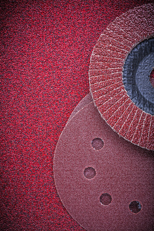 emery paper: Flap grinding wheels sanding discs on glass-paper.