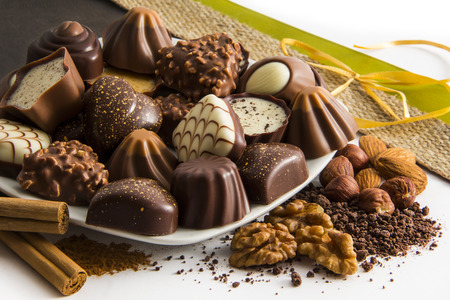 chocolate candy: Decorated Chocolate Candy pralines Plate