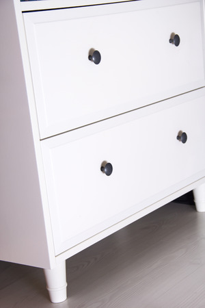 drawers: Modern white chest of drawers