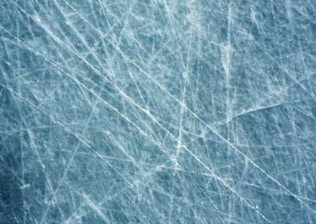 傷のある氷の表面
