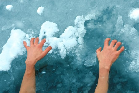 nacked: Hands on ice