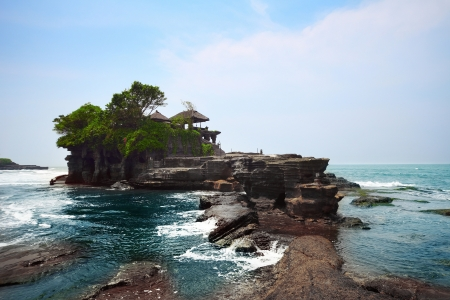 lot: Indonesian temple in sea. Tanah lot complex. Bali. Indonesia