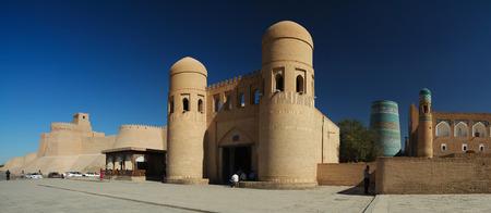 ata: Western gate  Ata Darvoza  to ancient town of Itchan Kala  Khiva, Uzbekistan Stock Photo
