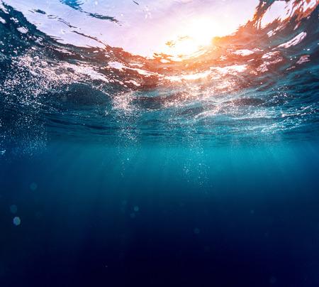 Mar Azul  Foto de archivo - 38099915