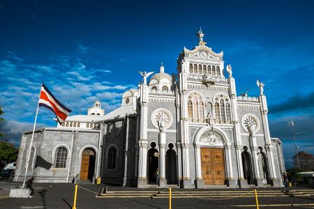 Basilica de Nuestra Senora de Los Angeles - Rooms-katholieke basiliek in de stad Cartago, Costa Rica Stockfoto