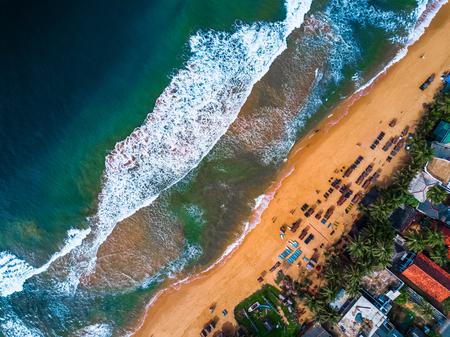 Narigama 해변, Hikkaduwa 마을, 스리랑카의 공중보기