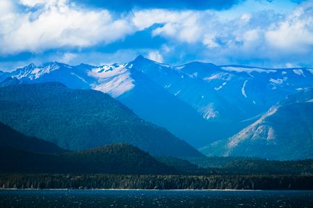 산과 호수입니다. 아르헨티나 바릴로체시의 지역