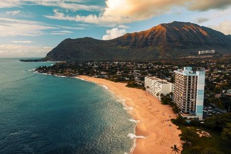 Sandy beach on the West Shore of Oahu island, Hawaii 写真素材