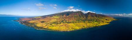 Aerial panorama of the west coast of Maui near the town of Lahaina, Hawaii, USA 스톡 콘텐츠