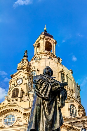 figur: Church of our Lady in Dresden in Germany