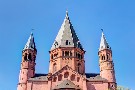 rebuilt: St. Martins Cathedral in the old town of Mainz, Germany Stock Photo