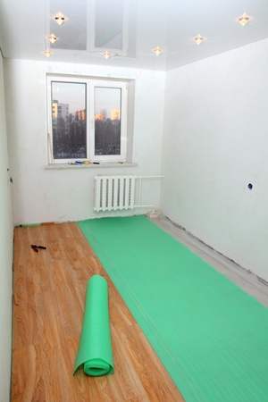 repair in the room - laying floorings