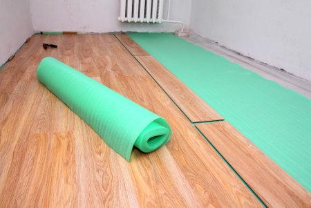 repair in the room - laying floorings