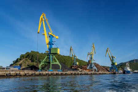 Cranes In port Reklamní fotografie