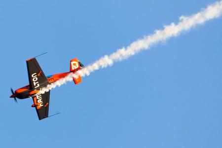 cel: Nicolas Ivanoff (Hamilton). Aerei: BORDO 540. Festa al cel (Sky Partito Air show). Mataro, Spagna. Settembre 28, 2014
