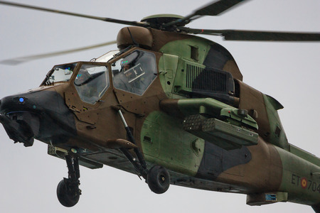 cel: Eurocopter Tiger Army ET. Festa al cel (Sky Partito Air show). Mataro, Spagna. Settembre 28, 2014