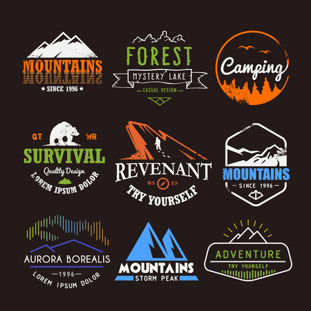 Set of premium vector labels on the themes of wildlife, nature, hunting, travel, wild nature, climbing, life in the mountains, survival, Retro, vintage, casual design Ilustração