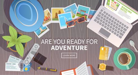 Vector de la bandera plana web en el tema del viaje, vacaciones, aventura. Preparación para su viaje. Traje del viajero moderno. Objetos en el fondo de madera. Vista superior. ¿Estás listo para la aventura