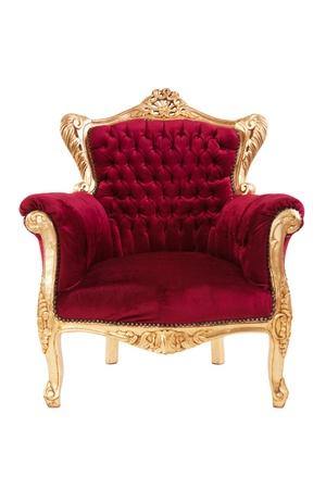 silla de madera: Sill�n rojo de lujo aislado en el fondo blanco Foto de archivo