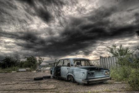 Dramatic photo of abandoned wreck  photo