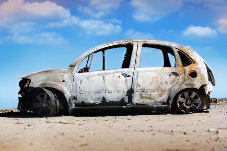 abandoned car: Old coches abandonados