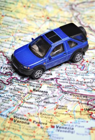 Toy car on top  road map Standard-Bild