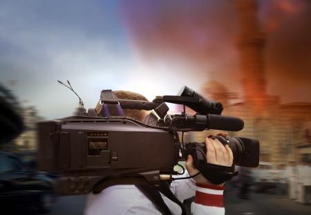 journalist: camera man