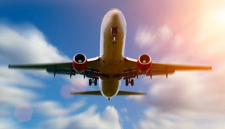 plane landing: Airplane landing