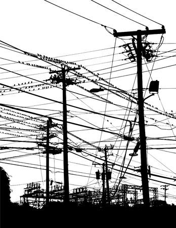 Un labyrinthe complexe des poteaux téléphoniques et des fils