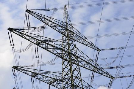 powerplants: High-voltage lines