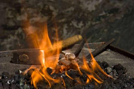 Gereedschap van de smid in Het Vuur