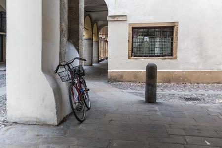 自転車でストリートシーン