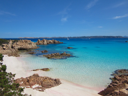 Spiaggia Rosa (Pink Beach) is a beach on the island of Budelli off the coast od Sardinia, Italy 版權商用圖片