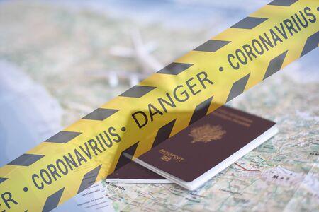 Danger de voyage touristique avec le coronavirus, concept de danger de voyage voyage risqué en raison du coronavirus