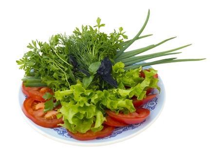 皿に野菜をスライスしました。トマト、玉ねぎ、parsle 写真素材