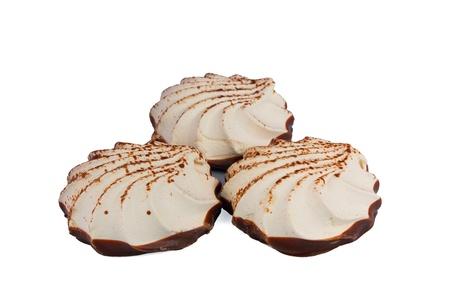 マシュマロとチョコレートのパターン。白い背景で隔離 写真素材