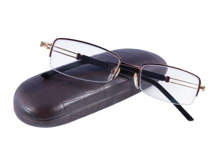 メガネと白い背景で隔離ケース