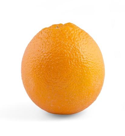 熟したオレンジの色が白い背景で隔離