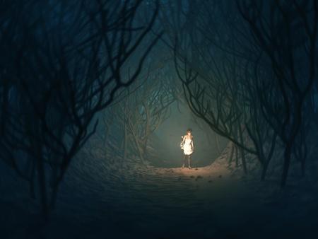 Frau mit Lampe im dunklen Wald Standard-Bild