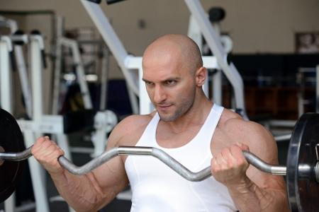 bodybuilder in gym Stock Photo - 19942901